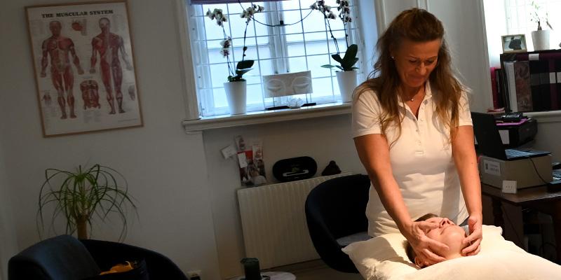 Ljusterapi med massage
